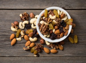 mixed-nut-trail-mix
