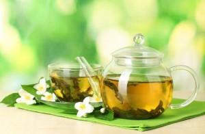 چای سبز یکی از مواد غذایی چربی سوز عالی