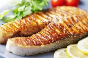 ماهی یکی از غذاهای چربی سوز عالی