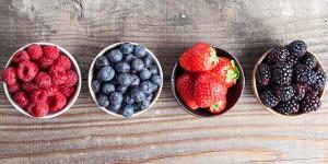 بهترین زمان خوردن میوه توت