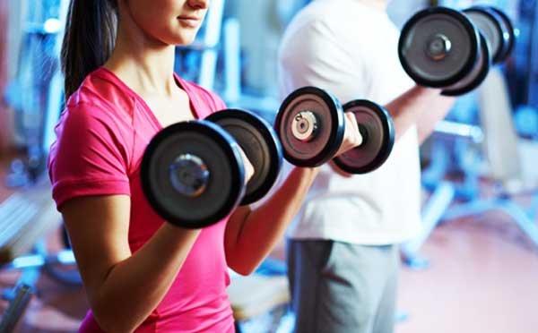 ساعت مناسب تمرین بدنسازی و بهترین زمان ورزش برای عضله سازی