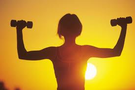 بهترین زمان ورزش برای عضله سازی ؟ ساعت بدنسازی صبح یا عصر