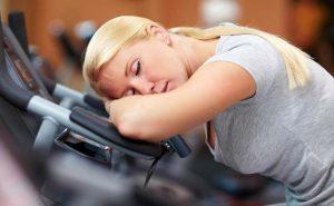 بیش تمرینی کم خوابی تمرین زدگی
