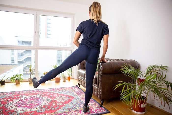حرکت ورزشی برای فرم دهی خارج ران